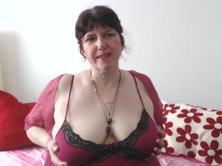 MatureAnais live, sexy ass fuck show
