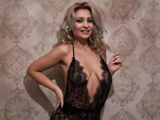 NaomiAshlye webcam