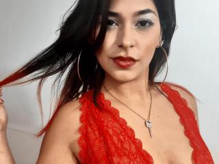 Webcam model AlisonCullen from XLoveCam