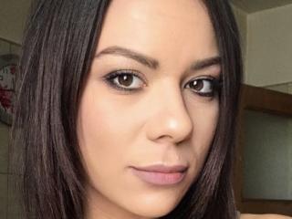 Webcam model AshleyRenee from XLoveCam