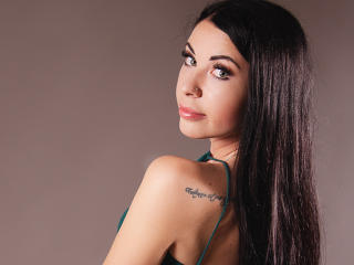Webcam model ElenaCamX from XLoveCam