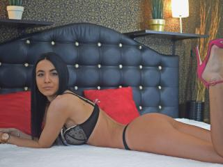 Webcam model JenniferDiva from XLoveCam