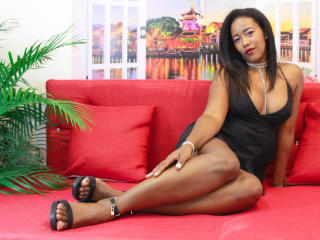 Webcam model JessiaClark from XLoveCam