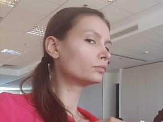Webcam model LilRaissa from XLoveCam