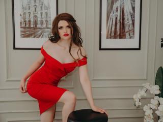 Webcam model MaryJanette from XLoveCam
