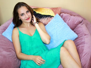Webcam model NinaMatrina from XLoveCam