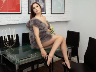 Webcam model SarahSoul from XLoveCam