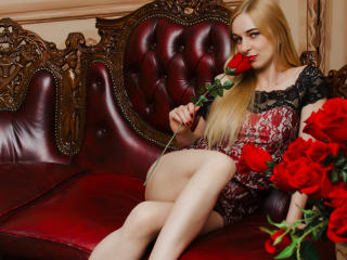 Webcam model Tropicana from XLoveCam