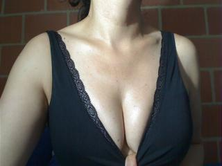 Webcam model latinAfrodita from XLoveCam