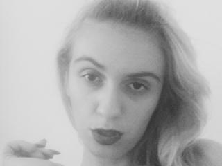 Webcam model JessicaKimble from XLoveCam