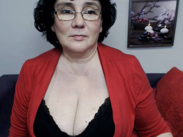 вебкамера зрелые женщины нижнее белье