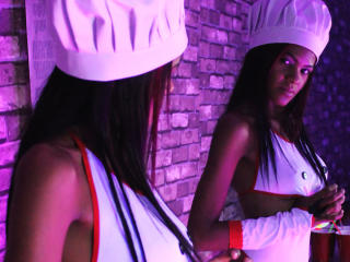 Webcam model SaraTorres from XLoveCam