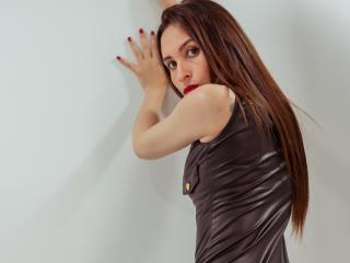 Webcam model SarahMartins from XLoveCam