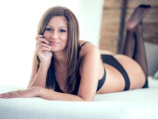 Webcam model NatasaRiley from XLoveCam