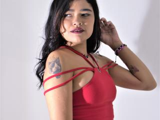 Webcam model IsabelPrieto from XLoveCam